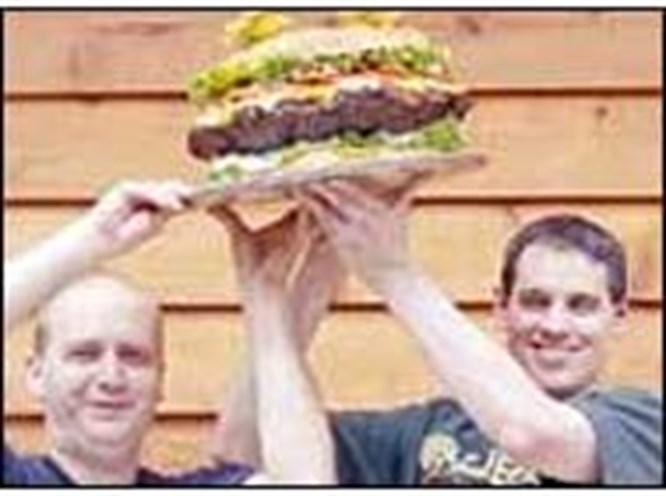 7 kiloluk hamburger